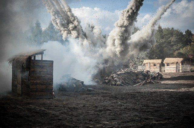 výbuch granátu